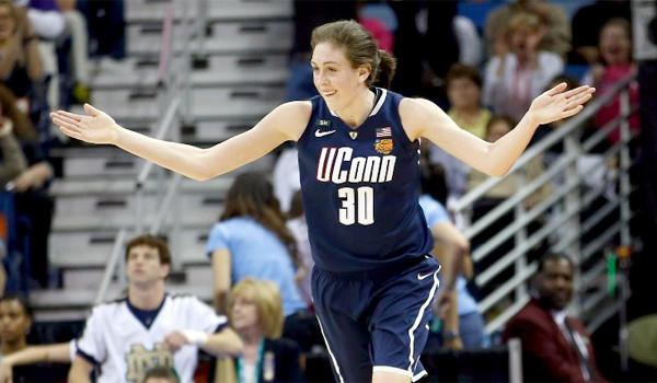 Breanna Stewart had 29 points, five rebounds and four blocks in UConn's 83-65 victory over Notre Dame in the Final Four on Sunday.
