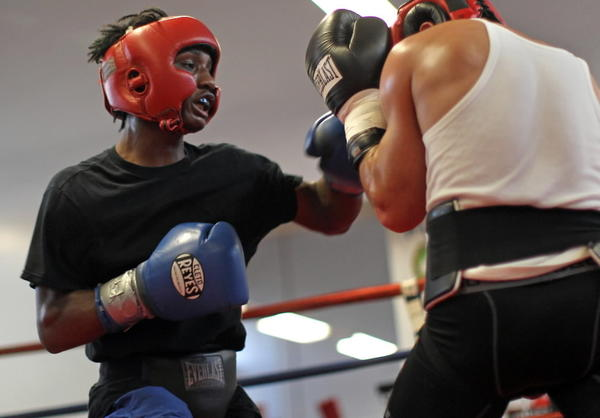 Chicago boxer Kenny Sims Jr. has earned a spot in the World Amateur Championships this fall in Kazakhstan.