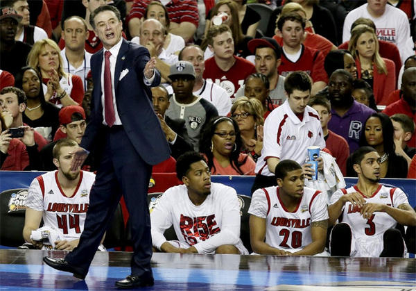 Louisville Coach Rick Pitino got 34 points from bench players to hold off Wichita State.