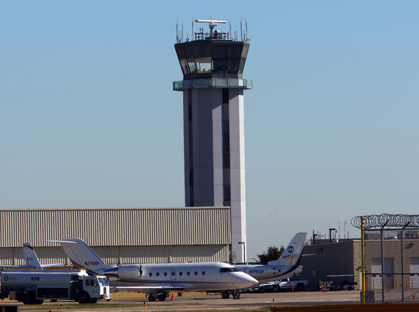 The air-traffic control tower at Midway Airport is scheduled to be closed overnight in mid-June due to federal budget cuts.