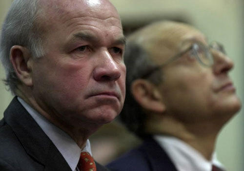 Kenneth Lay was brought back to head energy giant Enron in 2001, replacing Jeffrey Skilling. Enron filed for bankruptcy in 2001 and completed its liquidation in 2006.