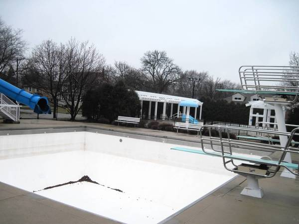 The Hinsdale Pool will not open until May 25, but sales of pool passes are underway.