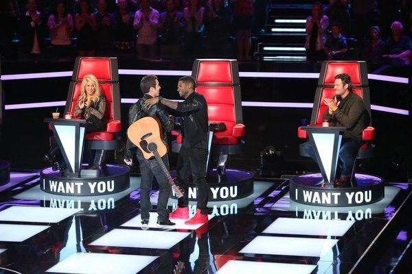 "L-R: Shakira, Jeff Lewis, Usher, Blake Shelton on ""The Voice."""