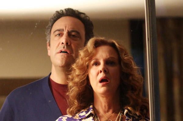 "Brad Garrett and Elizabeth Perkins star in ""How to Live With Your Parents (For the Rest of Your Life)"" on ABC."