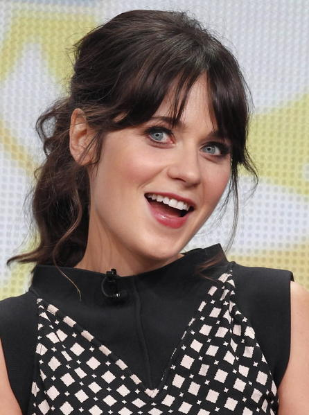 Is Zooey Deschanel really a nerd? Really?
