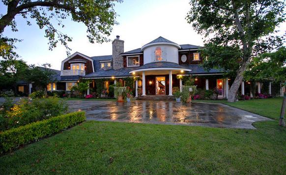 Jessica Simpson buys Osbourne estate   latimes.com
