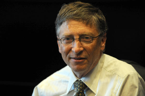 Microsoft's chairman Bill Gates recently warned against overusing students' standardized test scores in evaluating how well teachers are doing their jobs.