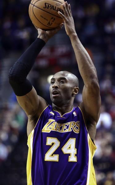Lakers guard Kobe Bryant pulls up for a jumper against the Trail Blazers on Wednesday night.