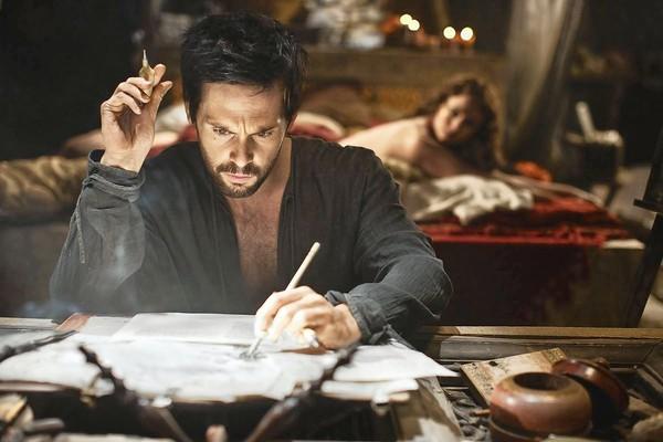 """Tom Riley stars as Leonardo Da Vinci in """"Da Vinci's Demons."""""""