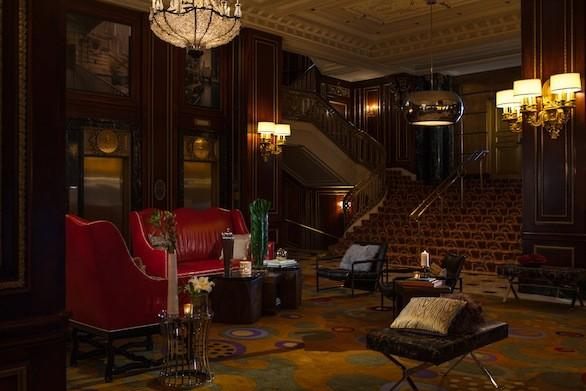 The lobby of the landmark Renaissance Blackstone Chicago.