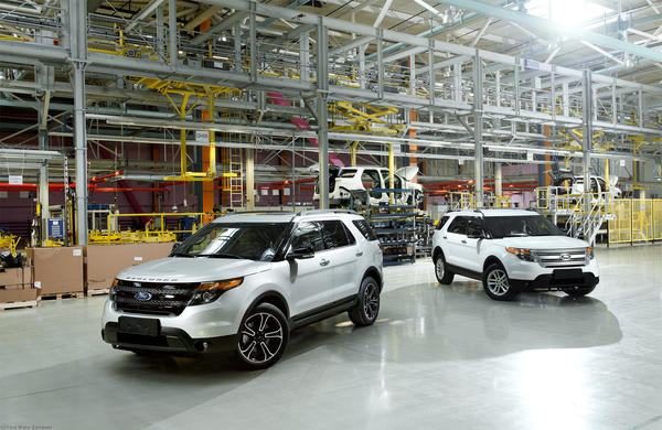 The first full-production Explorer rolled off the assembly line Thursday at Ford Sollers Elabuga assembly plant in Russia.
