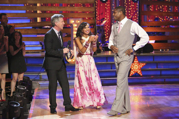 "Jacoby Jones and partner Karina Smirnoff talk with ""Dancing with the Stars"" host Tom Bergeron."
