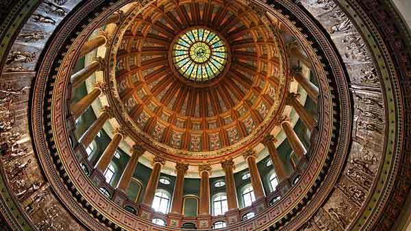 A view looking up shows the interior of the Illinois State Capitol dome in Springfield Feb. 28, 2013.