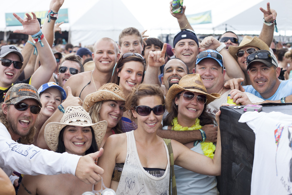 PHOTOS: 2013 Tortuga Music Festival - Tortuga Music Festival Has Great Fans
