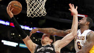 <strong>Lakers 91, Spurs 86 (final)</strong>