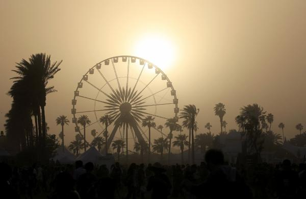 As the sun set Sunday, high winds kicked in on the grounds of the 2013 Coachella Valley Music and Arts Festival in Indio.