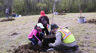GENEVA, IL — Looking for a volunteer project for Earth Day? The Forest Preserve District of Kane County has at least four opportunities for you to help improve or enjoy our environment.