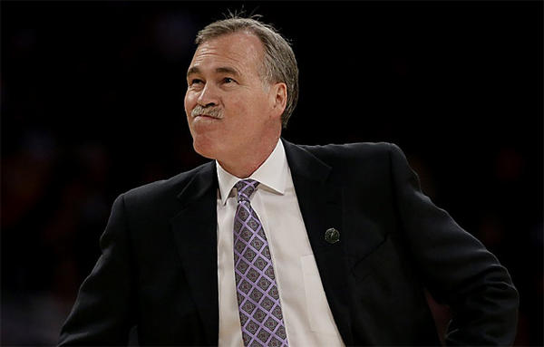 Mike D'Antoni and the Lakers still have a shot at catching the Golden State Warriors and Houston Rockets in the standings.