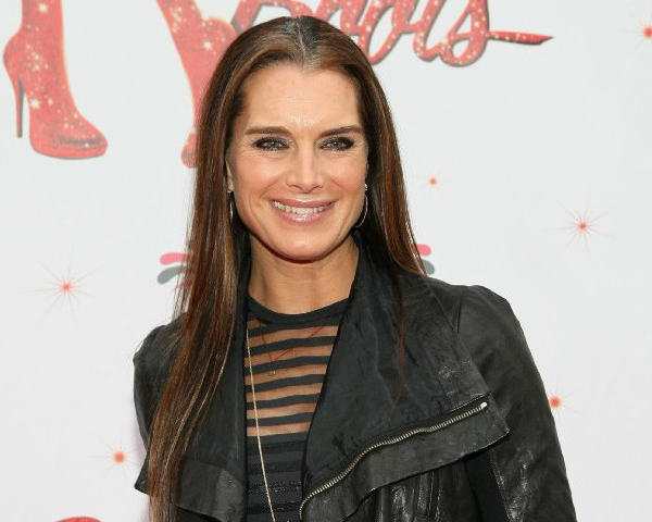 "Brooke Shields will make her directorial debut in the Hollywood Bowl's production of ""Chicago."""