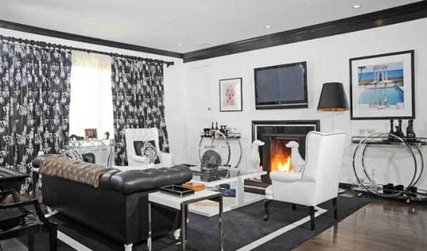 A room in the home sold by Nicky Hilton for $2.625 million.