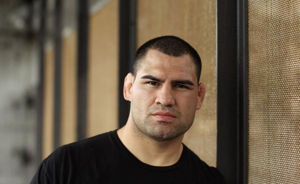 Cain Velasquez is the best heavyweight MMA fighter in the world.