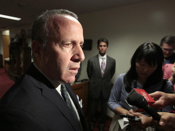 State Senate President Pro Tem Darrell Steinberg said Wednesday that changes to state environmental laws are on track.