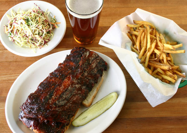 Now there's twice as much space to enjoy Smoke Daddy's ribs and other barbecue.