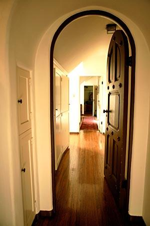 Built-in cabinets and arched doorways are among original details in the actor's house, built in 1926.