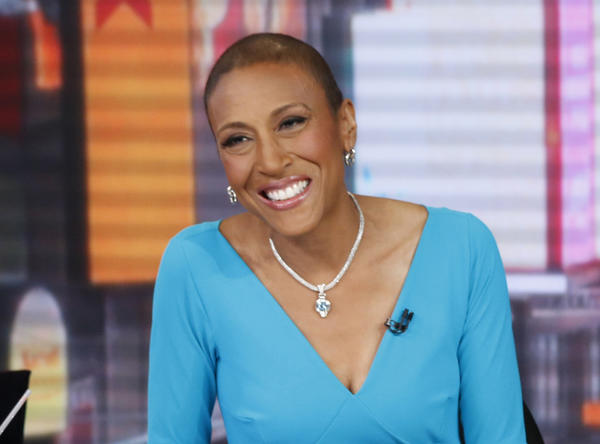 """Good Morning America's"" Robin Roberts revealed information about her return to the hospital on her Facebook page early Thursday."