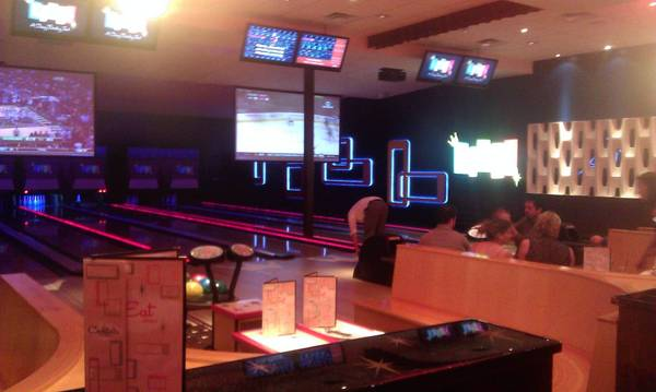 Kings Bowl makes an upscale lane change to I-Drive bowling.
