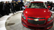 "GM says the <a title=""2014 Chevrolet Cruze"" href=""http://www.cars.com/chevrolet/cruze/2014"" target=""_self"">2014 Chevrolet Cruze</a> diesel will get an EPA rating of 27/46 mpg city/highway with its standard six-speed automatic transmission. The highway rating represents the highest of any non-hybrid car in the U.S., GM says, but the EPA's combined rating — 33 mpg — is just 2 mpg better than a gas-powered Cruze Eco with its automatic. It also falls 1 mpg short of the diesel-powered <a href=""http://cars.chicagotribune.com/fuel-efficient/car/2013-volkswagen-jetta-tdi"">Volkswagen Jetta TDI</a> with its six-speed auto."