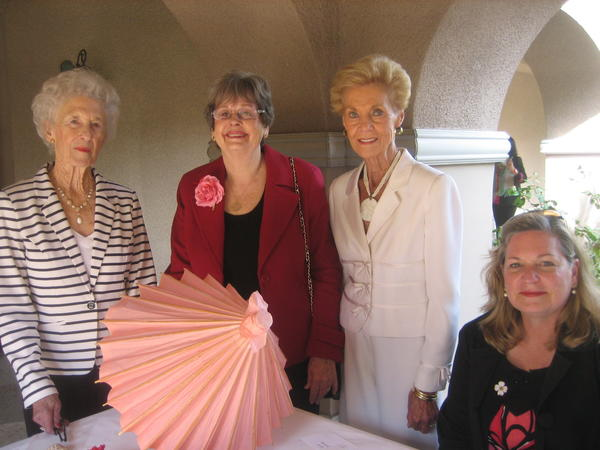 Supporting The Doheny Eye Institute were Connie Van Vorst, Liz Shonk, Sonia Hathaway and Sarah Jennings.