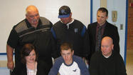 Hunter McKinley signing