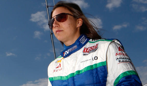 Simona de Silvestro is seeking to become the first woman to win an IndyCar event since 2008.