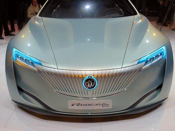 Buick, 110 years old this year, unveiled a new concept Riviera on Friday, on the eve of the Shanghai Auto Show.