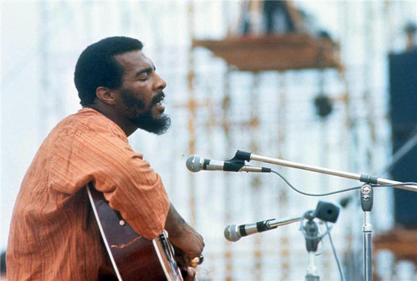 Richie Havens at Woodstock.