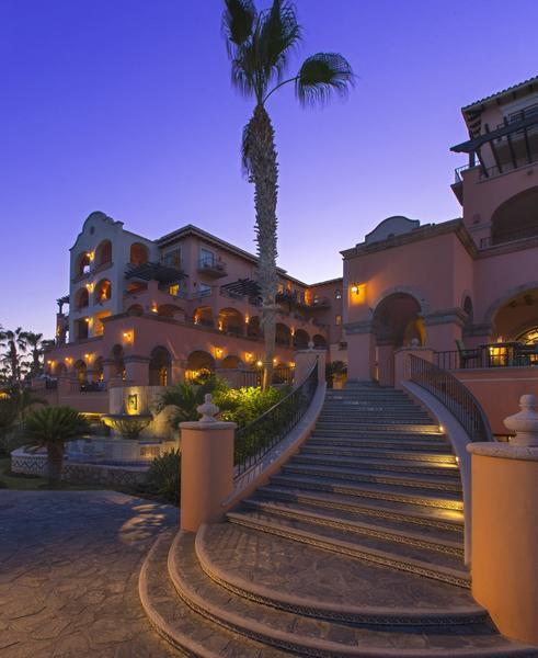Sheraton Hacienda del Mar in Los Cabos, Mexico, is celebrating the relaunch of its De Cortez Restaurant.