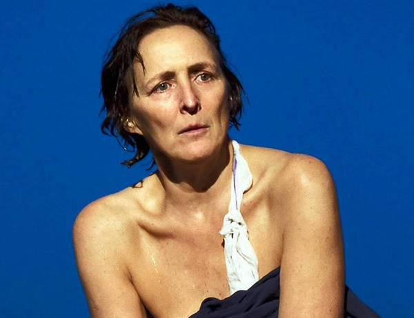 "Fiona Shaw's fierce virtuosity transforms Colm Tóibín's extended monologue ""The Testament of Mary"" into a full-blooded theatrical portrait."