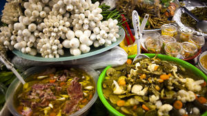Fruit, Mediterranean diet tied to fewer hot flashes