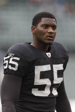 The Ravens signed former Raiders linebacker Rolando McClain to a one-year deal.