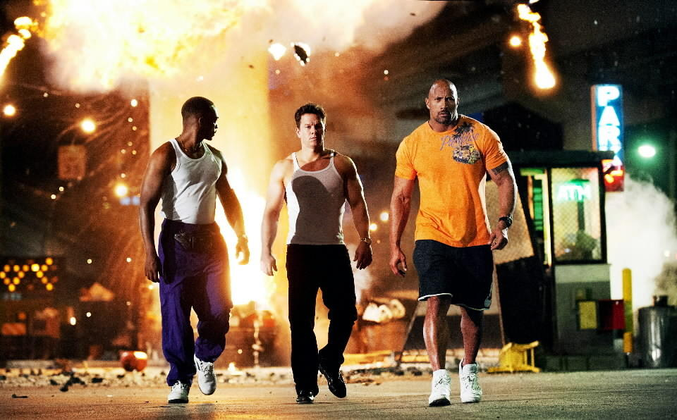 "<b>R; 2:09 running time</b><Br><br>This could've been a great black comedy. The script by Christopher Markus and Stephen McFeely throws in every severed digit, smashed skull and snorted line of cocaine the writers were required to leave out of their ""Chronicles of Narnia"" screenplays. ""Pain & Gain"" derives from a three-part 1999-2000 Miami New Times series of nonfiction articles by Pete Collins. In 1994, Lugo and his hapless colleagues targeted a Sun Gym client for kidnapping and extortion. He was tortured, then crushed by a vehicle and left for dead. But he didn't die. Others did, later, but not him. -- Michael Phillips<br><br><a href=www.chicagotribune.com/entertainment/ct-ent-0425-lincoln-park-birds-museum-20130425,0,3141049.column>Read the full ""Pain & Gain"" movie review</a>"
