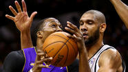 The Lakers needed more than 33½ minutes from Dwight Howard in Game 2 of their series against the San Antonio Spurs.