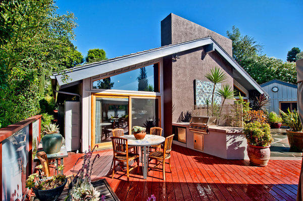 Howard Bragman has sold his gated house in Hollywood Hills West.
