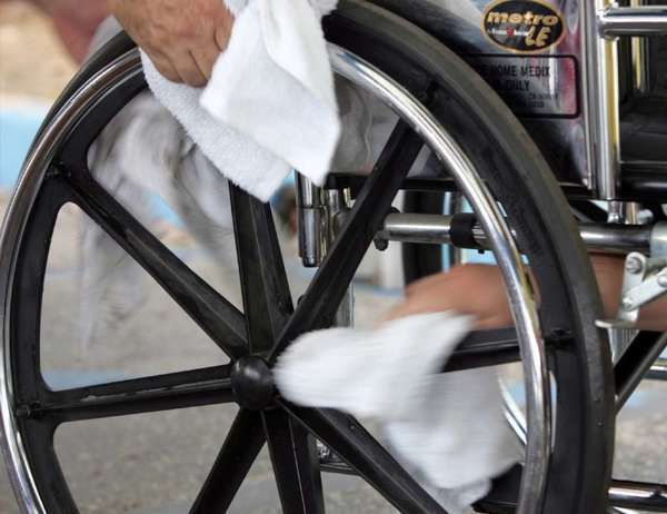 Federal officials in Los Angeles and across the country are trying to crack down on Medicare fraud related to wheelchairs and other medical equipment.