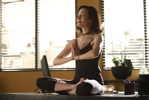 """Bebe Neuwirth in Amazon's """"Browsers."""""""
