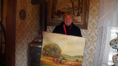Betty Beam Wohlsen donated an oil painting by Windber native Lawrence Whitaker to the Windber Area Museum.