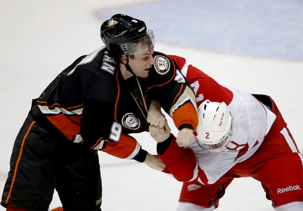 Anaheim Ducks' Bobby Ryan, left, fights with Detroit Red Wings' Brendan Smith during a game in March.