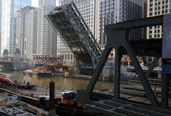 The second and final phase of the reconstruction of the Wells Street bridge continues Monday morning. Work is scheduled to end on May 4.