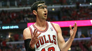 NEW YORK -- Chicago Bulls starting point guard Kirk Hinrich will miss Monday's Game 5 against Brooklyn because of a bruised left calf and entered the morning shootaround in a walking boot, meaning he could be sidelined longer.
