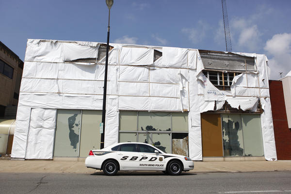 A new facade is planned for the Herrman and Goetz building on South Lafayette Boulevard in downtown South Bend, according to a spokeswoman. There have been complaints about the exterior of the building. (South Bend Tribune/SANTIAGO FLORES)